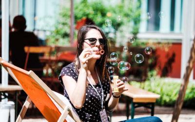 Die perfekte Welt: Von Glaskugeln und Seifenblasen
